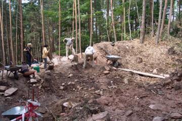 Stück für Stück, Stein für Stein wird ein weiterer Teil des inneren Walls freigelegt.