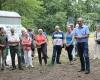 Der Vertreter der Denkmalschutzbehörde des Main-Kinzig-Kreises war von der Grabung sehr angetan. Foto: Volker Keller, Wirtheim