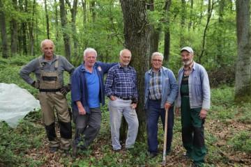 Die fünf von der Tankstelle? Nein, vom Ringwall! Die Männer bildeten den harten Kern des Grabungsteams.