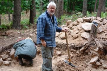 Der Geist von der Alteburg hat bei den Grabungen sogar mitgearbeitet!