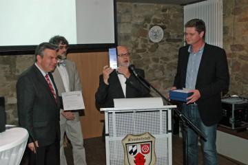 Überreichung des Bayerischen Archäologiepreises durch Prof. Dr. Päffgen