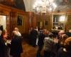 Stärkung der Gäste in historischen Räumen