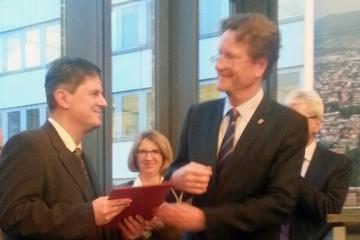 Den Preis übergab der Leitende Ministerialrat Ernst Wegener vom Hessischen Ministerium für Wissenschaft und Kunst am 4. Dezember 2014 im Bürgersaal des Rathauses in Kassel.