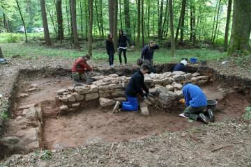 Schüler der Grundschule in Burgsinn erlebten in dieser Woche Archäologie hautnah.
