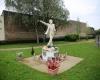 Kulturtransfer: In Mistelbach ließ ein Fan von Michael Jackson dieses Denkmal errichten.