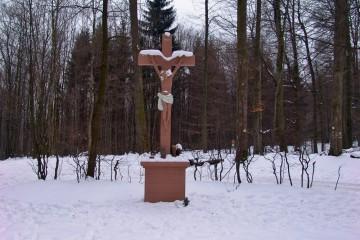 Kruzifix aus Sandstein bei Rothenbuch im Spessart (D)