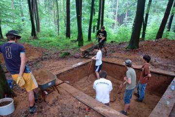 Die Sondage ist fertiggestellt - leider ohne Besiedlungsspuren. Im Archäologenjargon: Leer-Grabung