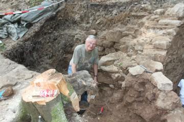 """Manfred gehörte zum """"harten Kern"""" der auf dem Klosterberg tätigen Grabungshelfer."""