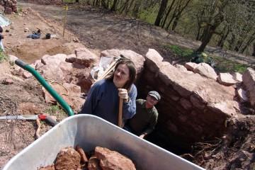 Schon am zweiten Tag haben wir uns mannshoch in den Untergrund gegraben.