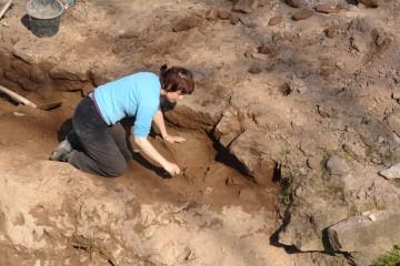 Hier konnten wir einen mehr als fünfhundert Jahre alten Steigbügel bergen.