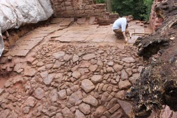 Die letzten Tage der Grabung sind geprägt von Dokumentationsarbeiten ... und Regen.
