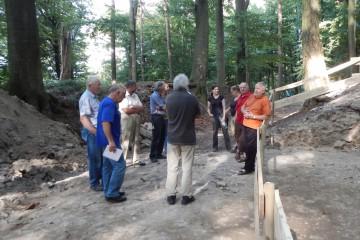 """Nach der Grabung ist vor der Sanierung: Abschlussbesprechung der ArGe """"Klosterberg"""""""
