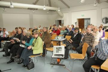 Das zweite Burgensymposium in Haibach 2009 fand bei zahlreichen Gemeinden und Geschichtsvereinen anklang.