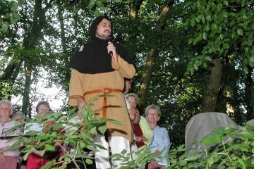 Einführung in die Burggeschichte anlässlich der Serenade der Sängervereinigung Haibach 1887 e.V im Jahre 2005.