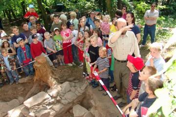 Erstes Grabungsfest auf der Ketzelburg