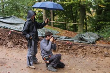 Fotodokumentation mit Regenschirmhalterin
