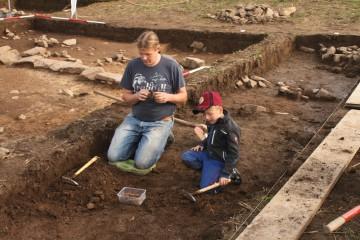Vater und Sohn beim Teamwork