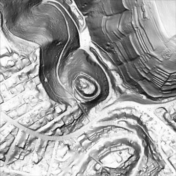 Digitales Geländemodell: Visualisierung als Schummerung (500m x 500m). Datengrundlage: Bayerische Vermessungsverwaltung 2014; Bearbeiter: Karl-Heinz Gertloff, Egelsbach.