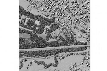 Digitales Oberflächenmodell des Schlossbergs aus der Laserscannerbefliegung 2005 (500m x 500m). Datengrundlage: Bayerische Vermessungsverwaltung 2014; Bearbeiter: Karl-Heinz Gertloff, Egelsbach.