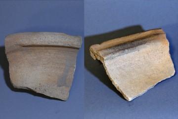 Rand einer Milchsatte mit einem Durchmesser von 30 bis 40 cm. Das schalenförmige Gefäß verfügte über einen Standfuß und einen breiten Rand. Bei der Käseherstellung konnte die Molke über eine Schnaube abgegossen werden.