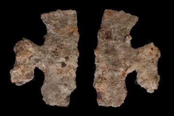 Bartaxt, Höhe 26,7 cm. Solche Äxte wurden vorwiegend für Zimmermannsarbeit wie das Bebeilen von Holzstämmen genutzt.
