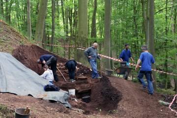 Die Fundamente in Schnitt 2 sind mehr als zwei Meter stark!