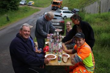 Der Verein für Heimatpflege sorgt bestens für Speis und Trank.