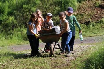 Für eine Woche verlegte die dritte Klasse der Mittelschule Waldaschaff ihr Klassenzimmer auf den Burgberg.