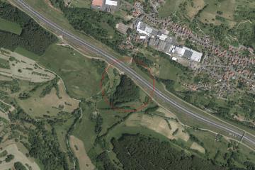 Luftbild der Burg Wahlmich vom 8.6.2014. Quelle: Bayerischer Denkmal-Atlas