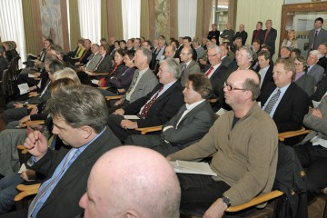 Zahlreiche Bürgermeister aus Spessartgemeinden, sowie die Vorsitzenden von Heimat- und Geschichtsvereinen erwiesen dem Spessartprojekt die Ehre