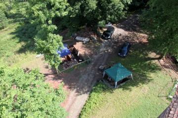 Die Grabungen auf dem Gotthardsberg zeichnen sich inzwischen deutlich im Gelände ab.