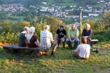 Die Grabungsmannschaft beteiligte sich aktiv am ersten Grabungsfest auf dem Gotthardsberg.