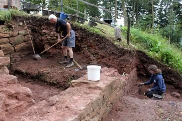 Arbeiten an der nördlichen Außenmauer