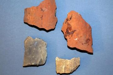 Hohlziegel, teilweise weiß brennend, Untermain, um 1250