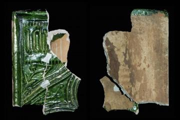 Auch das Kachelfragment vom Kloster Seligenstadt lässt sich der Wiesener Kachelgruppe zuweisen.