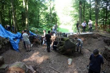 """... auf die Grabungserlaubnis, die mit """"leichter"""" Verspätung heute - vierzehn Tage nach dem eignetlich geplanten Grabungsbeginn - eingetroffen ist."""