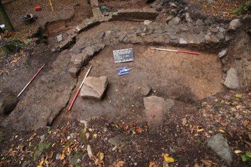 Schnitt 1 Ost: Innenschale der Ringmauer