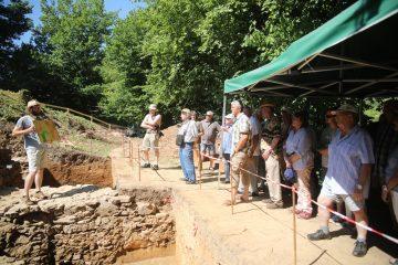 Das Grabungsfest fand punktgenau am bislang heißesten Tag des Jahres statt.