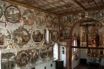 Die Martinskapelle birgt eine bedeutende Innenbemalung