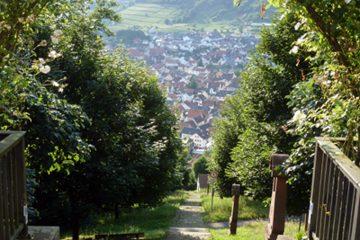 Die Engelsstaffel ist mit 612 Stufen die längste, steinerne Außentreppe in Bayern und verbindet das Kloster Engelsberg mit Großheubach.