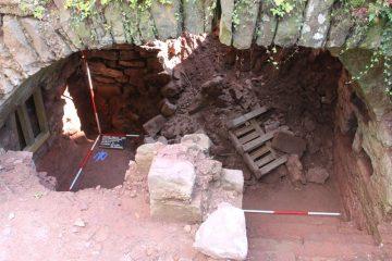 Schnitt 5: Der Gewölbekeller wurde bei dem Brand 1525 nicht vollständig zerstört, sondern konnte bei der Reaktivierung weiterhin genutzt werden.